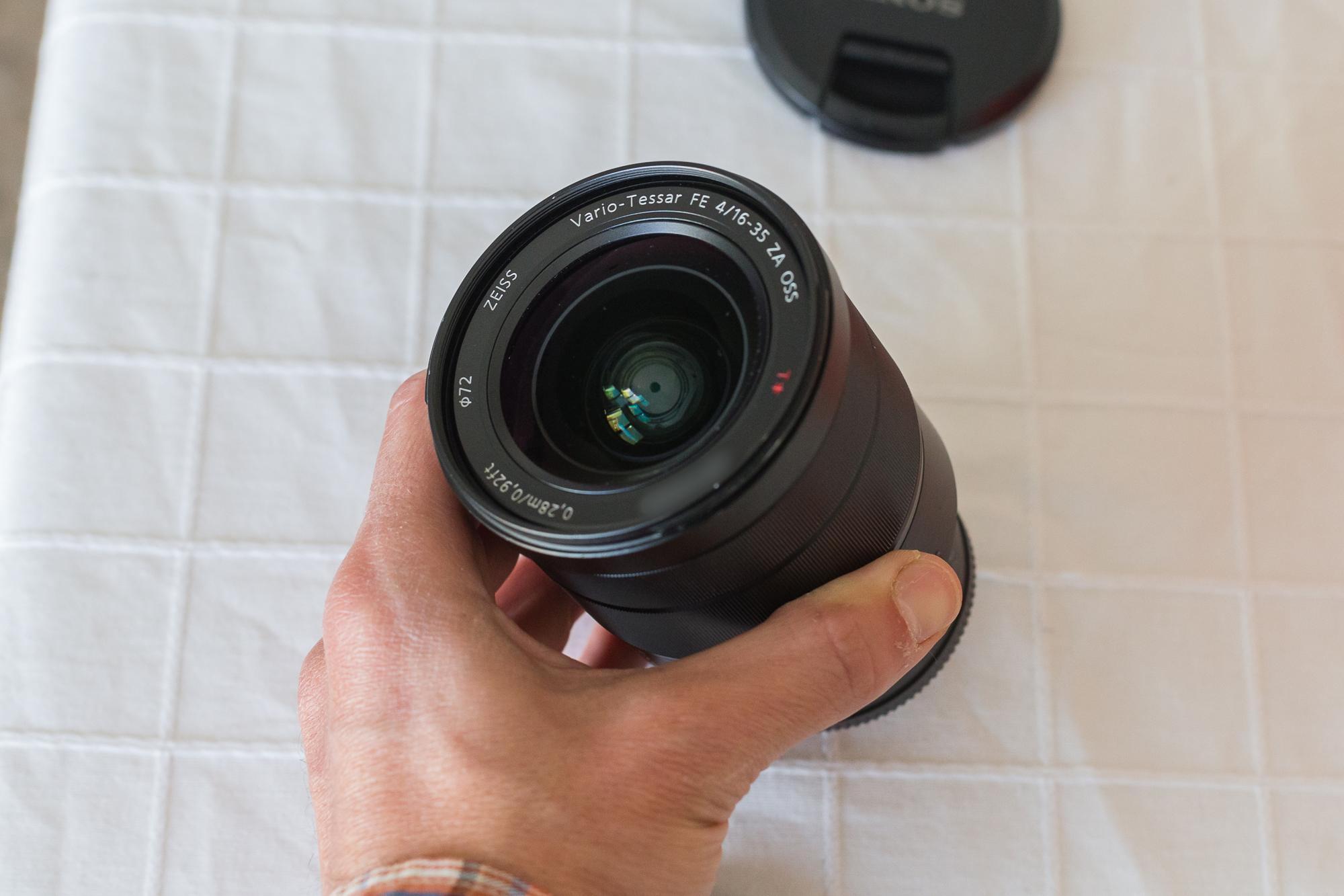 VENDO - Sony Zeiss 16-35mm F/4 + Filtro UV en Camaras y Objetivos271020-sony-16-35-11801-1
